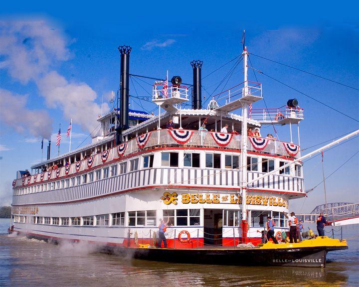 famous ships, Belle of Louisville steamboat