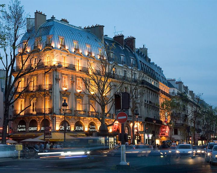 famous streets Boulevard Saint-Germain