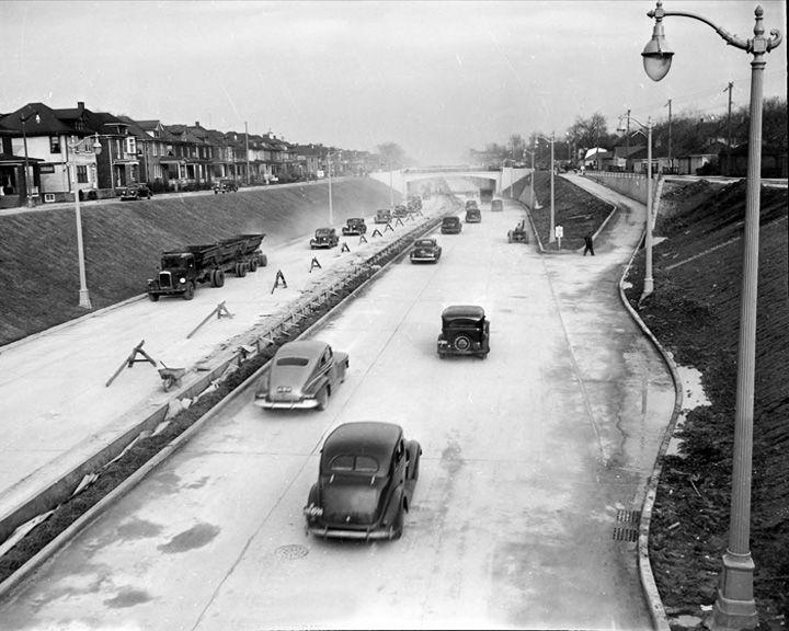 famous streets Davison Freeway