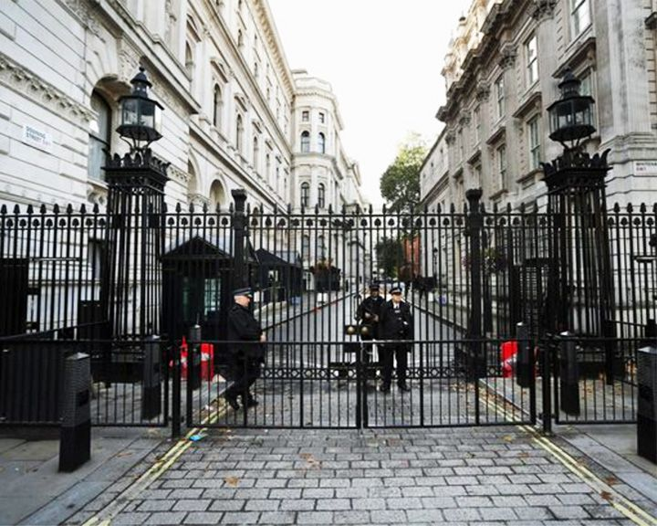famous streets Downing Street