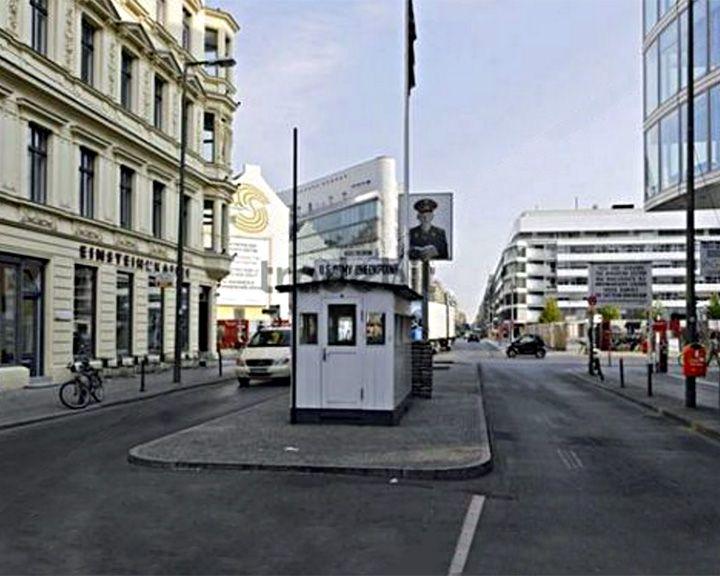 famous streets Friedrichstraße