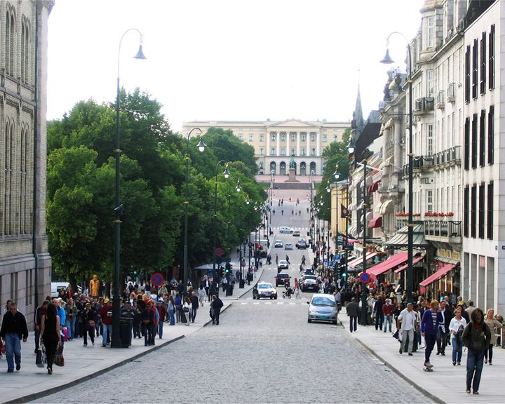 famous streets Karl Johans Gate