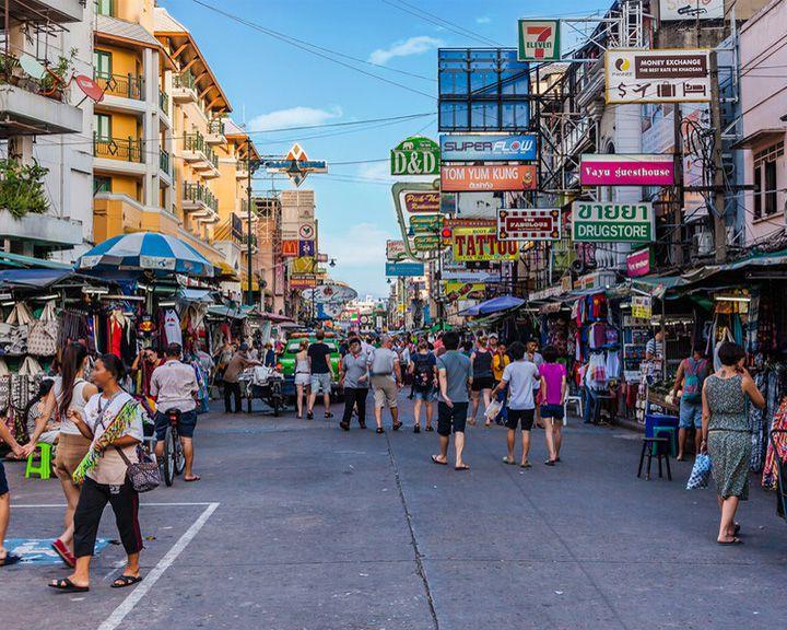 famous streets Khaoson Road