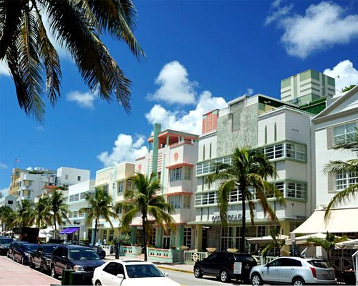 famous streets Ocean Drive