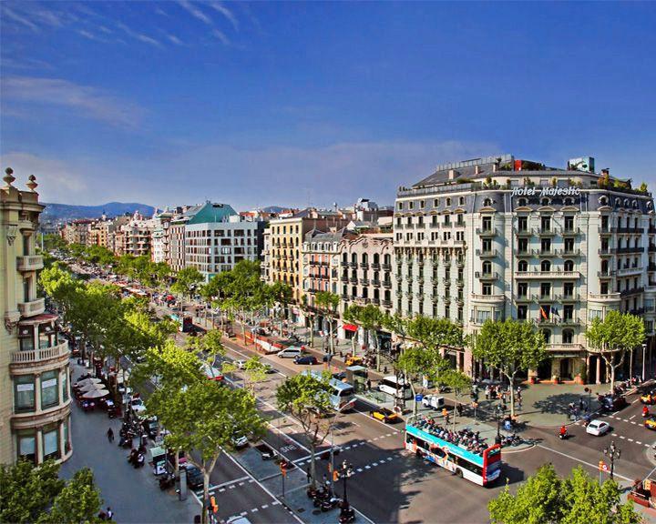 famous streets Passeig de Gràcia