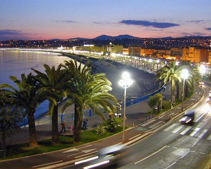 famous streets Promenade des Anglais