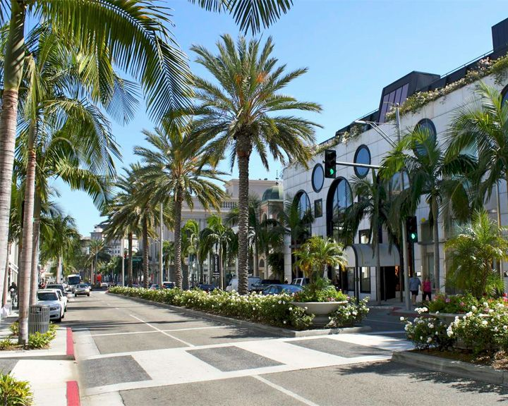 famous streets Rodeo Drive
