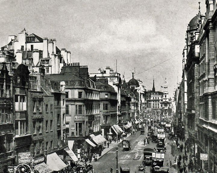 famous streets Strand (The)