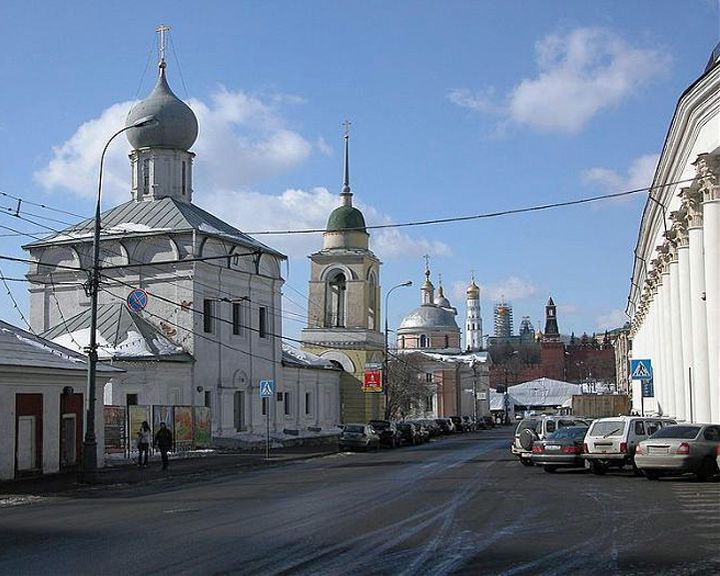 famous streets Varvarka Street