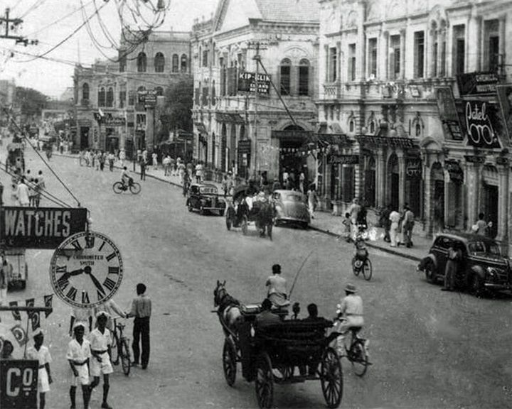 famous streets Zaibunnisa Street
